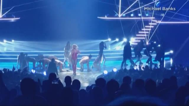 Tense moments at Britney Spears concert