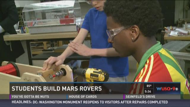 Students build Mars Rovers