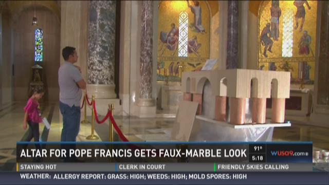 Altar for Pope Francis gets faux-marble look